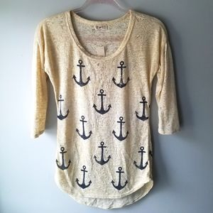 Free Kisses NWT Anchor 3/4 Tee Size Medium